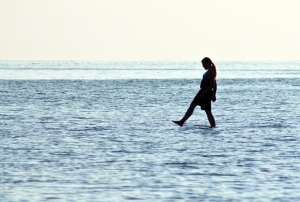 20090908_walking_on_water_lake_erie1