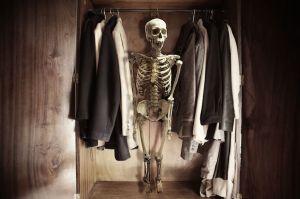 191-skeleton-in-the-closet