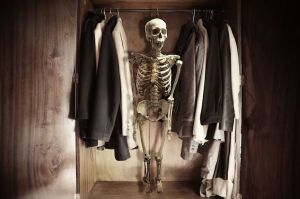 191-skeleton-in-the-closet