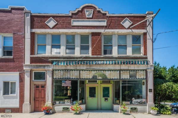 Hometown_Storefront